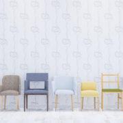 陳列されている椅子。